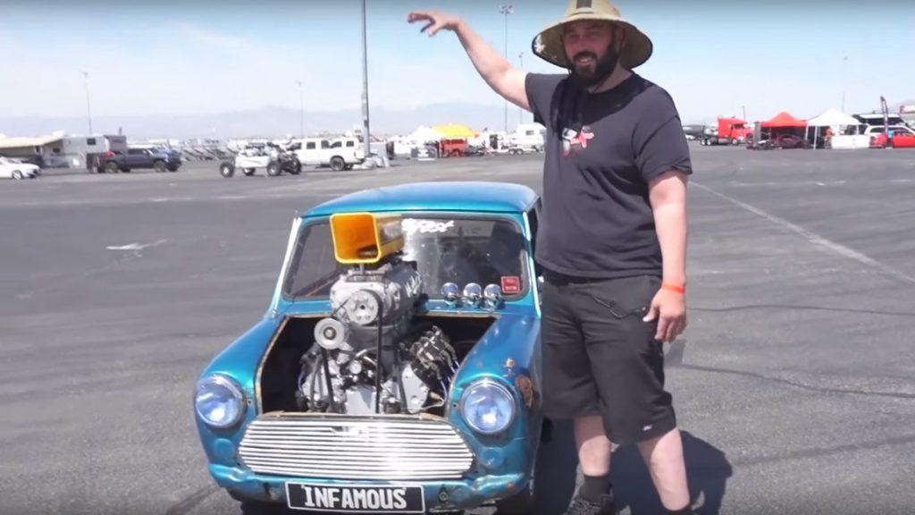 Mega-Motortausch: Dieser 1977er Mini fährt mit einem 600 PS-V8