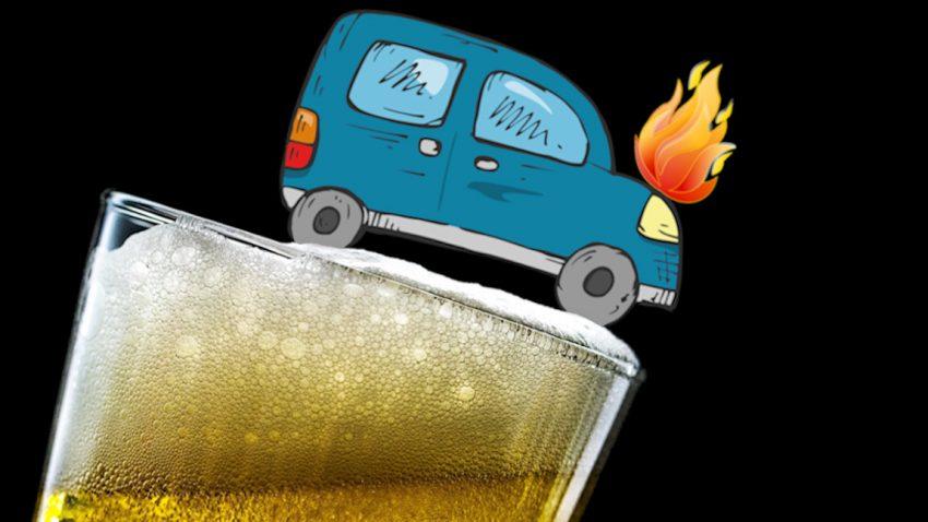 Brennendes Auto mit Bier gelöscht