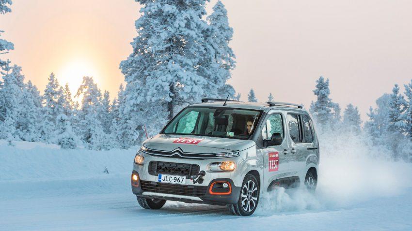 Ganzjahresreifen-Test 2020: Schlechte Ergebnisse für SUV und Transporter