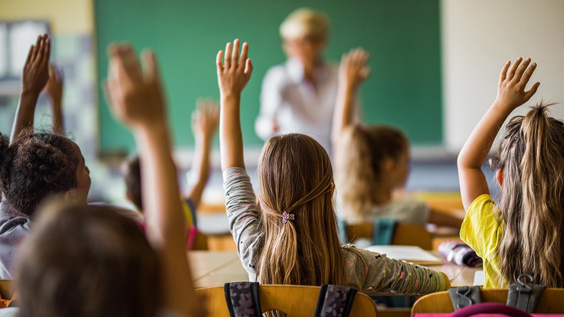 Unerkannte Kurzsichtigkeit bei Kindern: Warum der Sehcheck zum Schulstart so wichtig ist