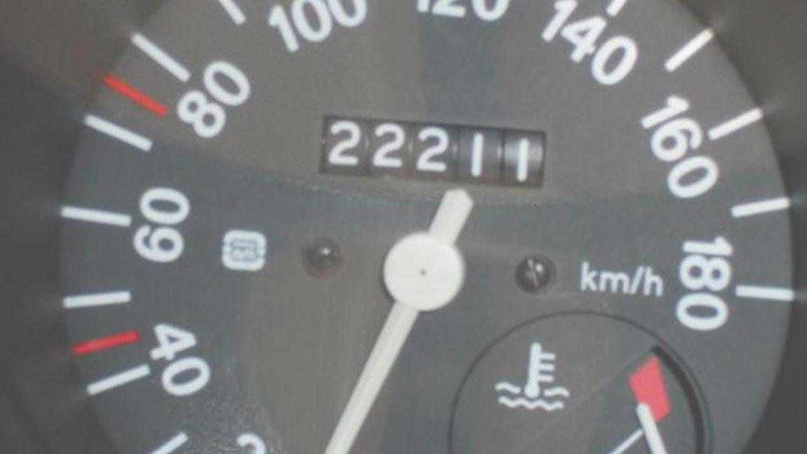 Gebrauchtwagen: Kilometerstand oder Baujahr?