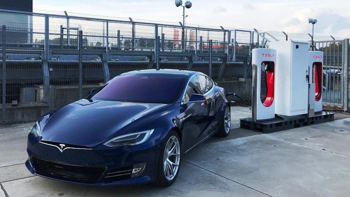 Teslas Gastspiel am Nürburgring