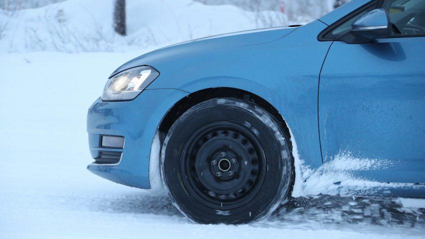 Winterreifentest 2020: Die besten Pneus auf Eis und Schnee