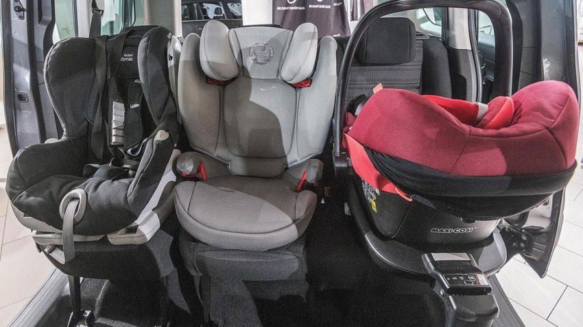 Familienautos mit Platz für bis zu 3 Kindersitzen