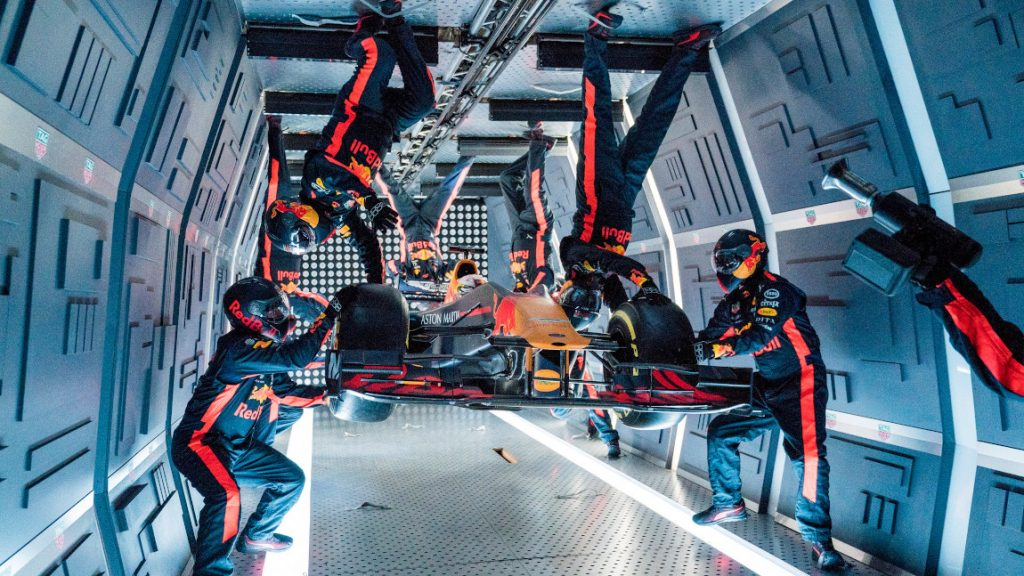 Außerirdisch gut: Red Bull absolviert Boxenstopp in der Schwerelosigkeit