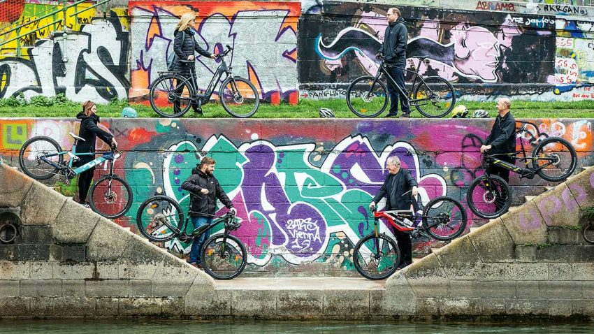 E-Bikes im Test: E-Motion mit Emotion
