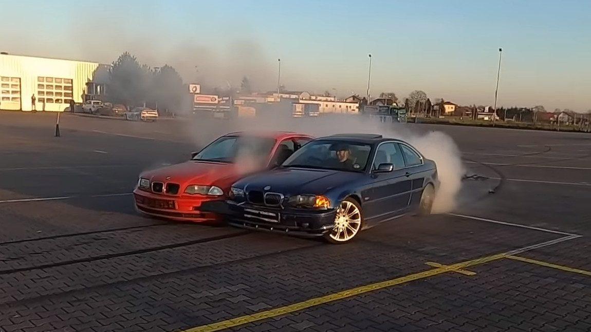 Dieser Doppel-BMW ist die ultimative Tandem-Drift-Maschine