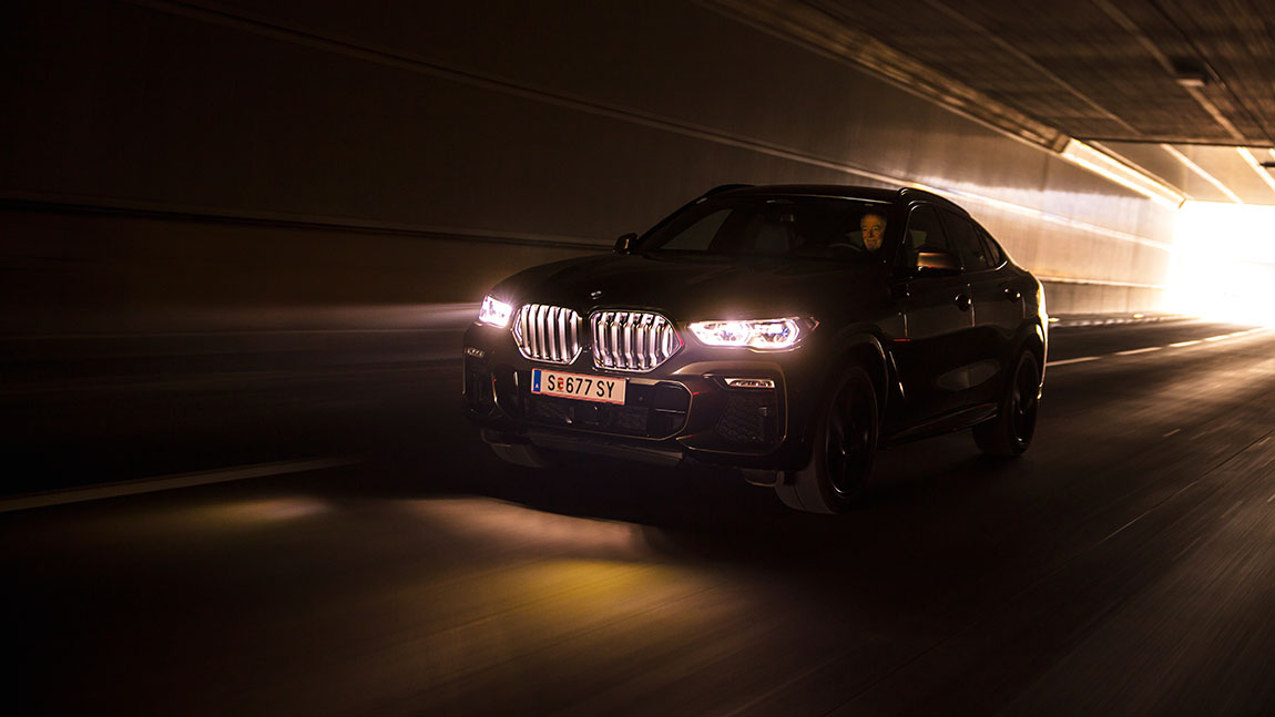 Test BMW X6 M50i: Hedonis 6XL