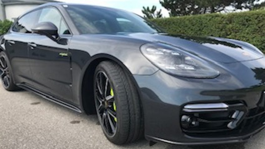 Porsche Panamera Hybrid Sport T