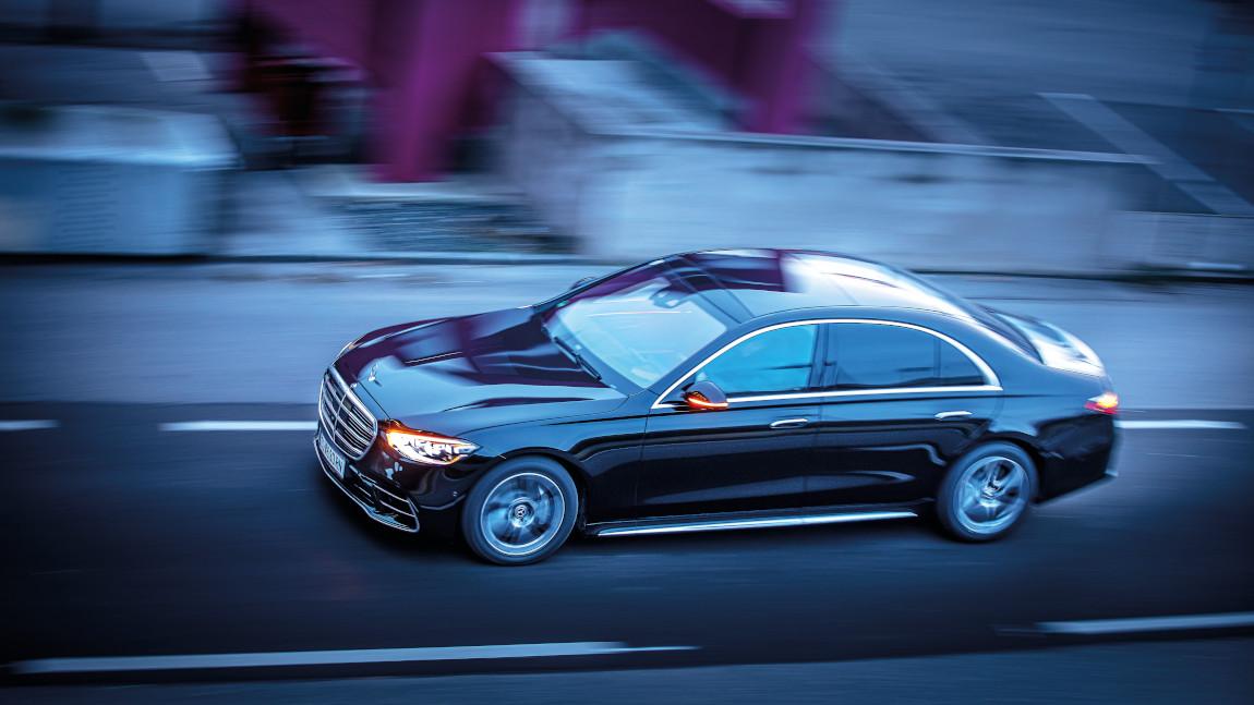 Mercedes-Benz S 500: Gleiten in der Zeitmaschine