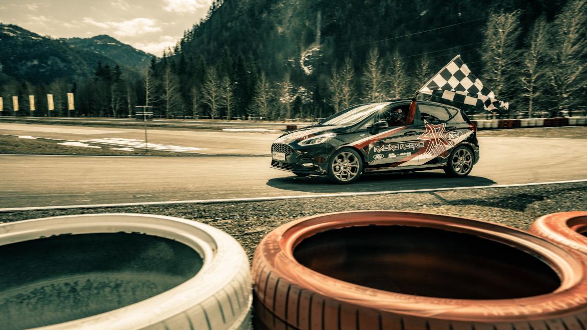 Racing Rookie 2021: Fasten war gestern!