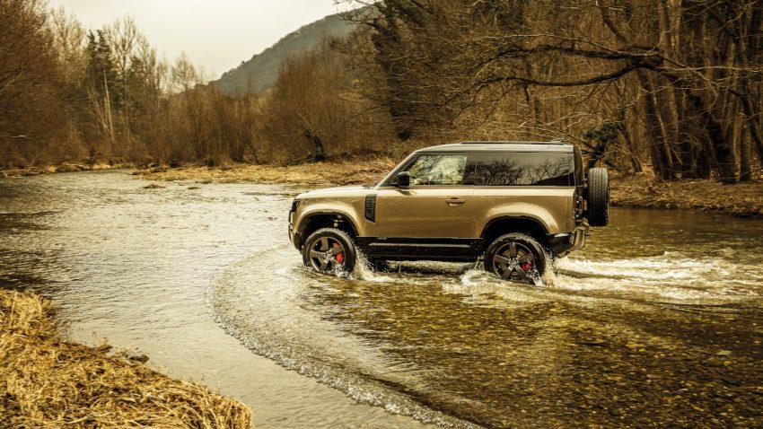 Land Rover Defender 90: Werkzeug von Welt