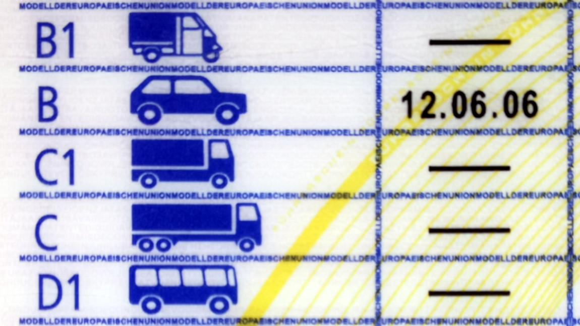 B-Führerschein in Österreich: Alle Infos [Ausbildung, Prüfung, Kosten]